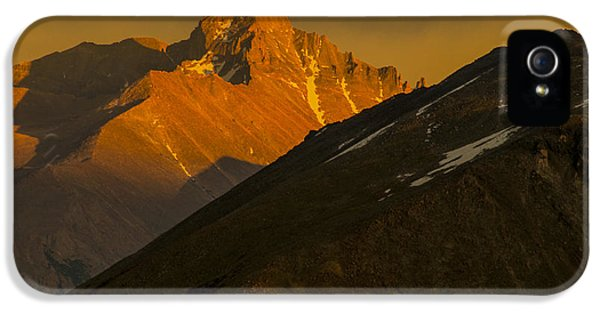 IPhone 5 Case featuring the photograph Long's Peak by Gary Lengyel