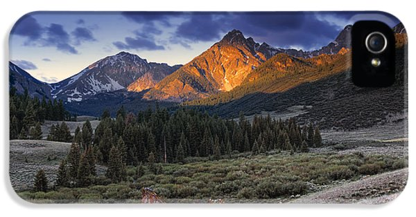 Lost River Mountains Moon IPhone 5 Case