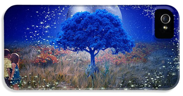 Love Under The Blue Moon IPhone 5 Case
