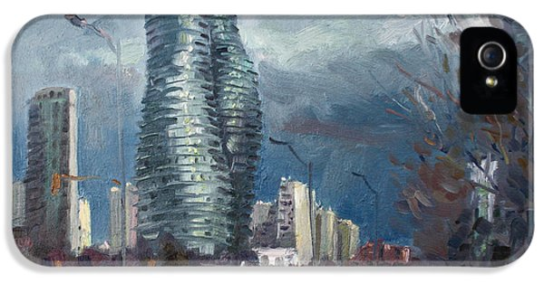 Marilyn Monroe Towers Mississauga IPhone 5 / 5s Case by Ylli Haruni