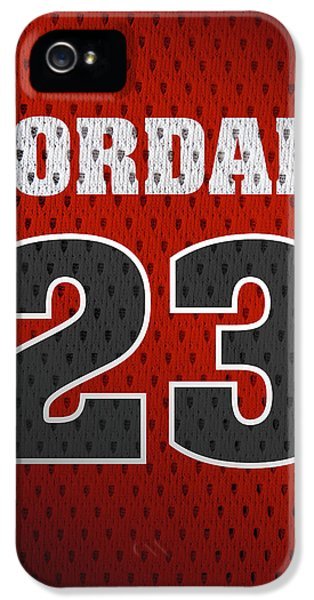 Michael Jordan Chicago Bulls Retro Vintage Jersey Closeup Graphic Design IPhone 5 Case by Design Turnpike