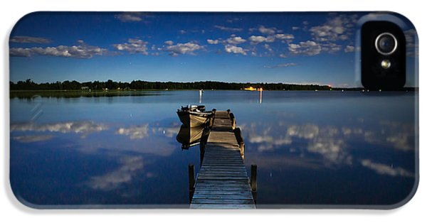 Midnight At Shady Shore On Moose Lake Minnesota IPhone 5 / 5s Case by Alex Blondeau
