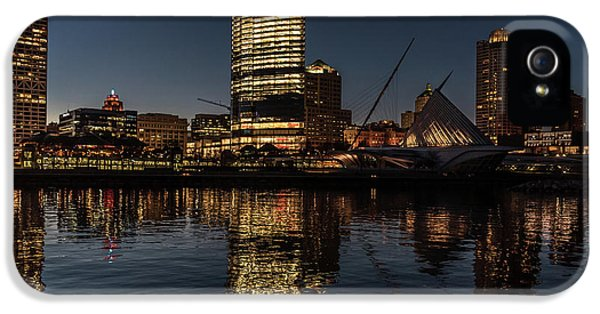 Milwaukee Reflections IPhone 5 Case by Randy Scherkenbach