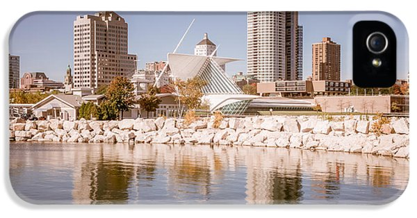 Milwaukee Skyline Picture IPhone 5 Case by Paul Velgos