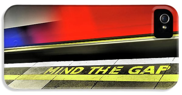 Mind The Gap IPhone 5 / 5s Case by Rona Black