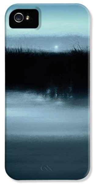 Moonrise On The Water IPhone 5 Case