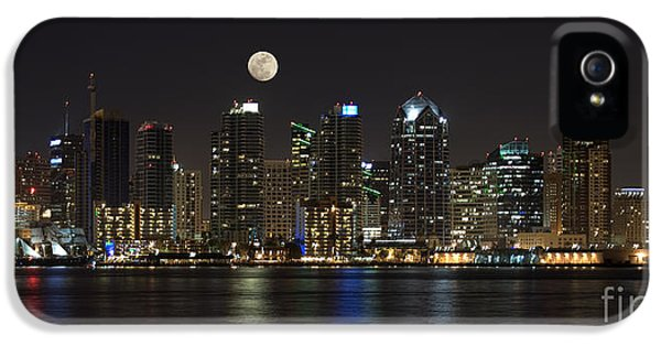Moonrise Over San Diego IPhone 5 Case