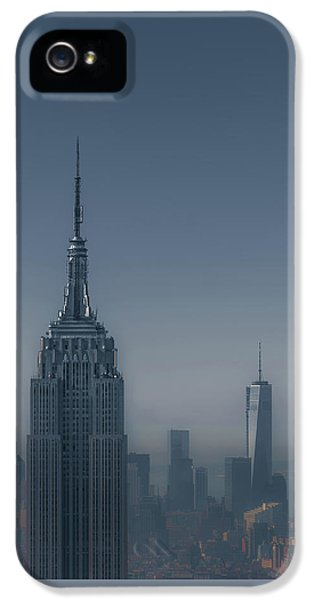 Morning In New York IPhone 5 Case by Chris Fletcher