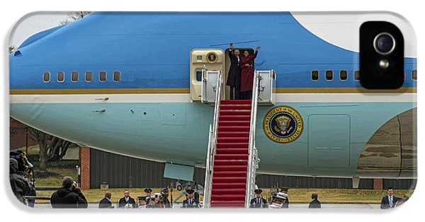 Mr And Mrs Obama Waving Goodbye After Leaving Office IPhone 5 Case by Valentina Lopez