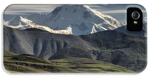 IPhone 5 Case featuring the photograph Mt. Mather by Gary Lengyel