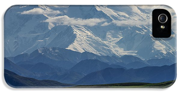 IPhone 5 Case featuring the photograph Denali by Gary Lengyel