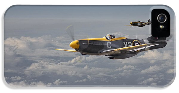 Mustang - 442 Sqdn  Rcaf IPhone 5 Case by Pat Speirs