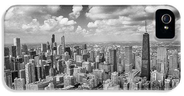 Near North Side And Gold Coast Black And White IPhone 5 Case by Adam Romanowicz