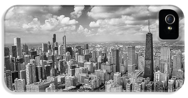 IPhone 5 Case featuring the photograph Near North Side And Gold Coast Black And White by Adam Romanowicz
