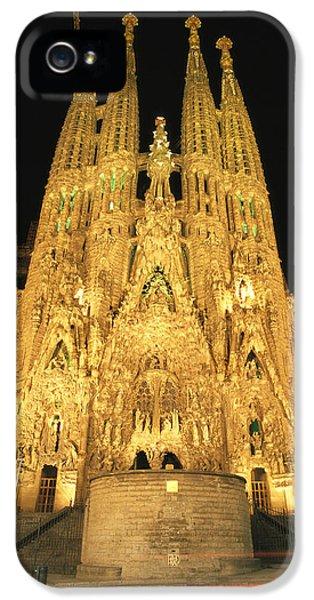 Night View Of Antoni Gaudis La Sagrada IPhone 5 Case