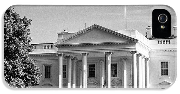 Whitehouse iPhone 5 Case - north facade of the White House with flag flying Washington DC USA by Joe Fox