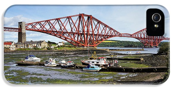 IPhone 5 Case featuring the photograph North Queensferry by Jeremy Lavender Photography