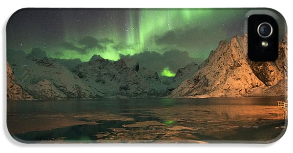 Northern Light In Lofoten, Nordland 1 IPhone 5 Case by Dubi Roman