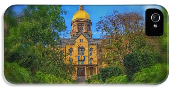 Notre Dame University Q2 IPhone 5 Case by David Haskett
