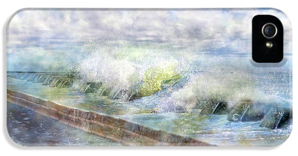 When Waves Tumble IPhone 5 / 5s Case by Betsy Knapp