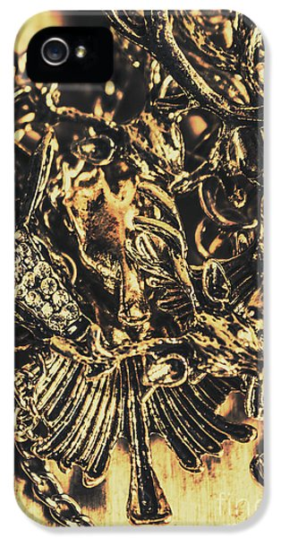 Old-fashioned Deer Jewellery IPhone 5 Case