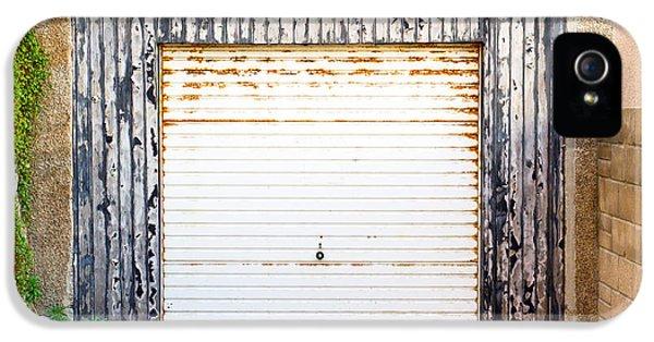Old Garage Door IPhone 5 Case by Tom Gowanlock