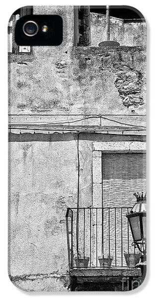 Old House In Taormina Sicily IPhone 5 Case