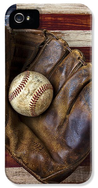 Old Mitt And Baseball IPhone 5 Case by Garry Gay