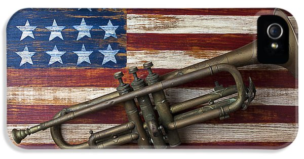 Old Trumpet On American Flag IPhone 5 / 5s Case by Garry Gay