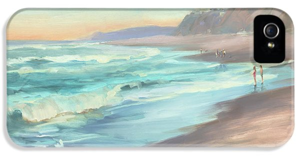 Pacific Ocean iPhone 5 Case - On The Beach by Steve Henderson