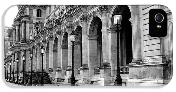 Louvre iPhone 5 Case - Paris Louvre Black And White Architecture - Louvre Lantern Lights by Kathy Fornal