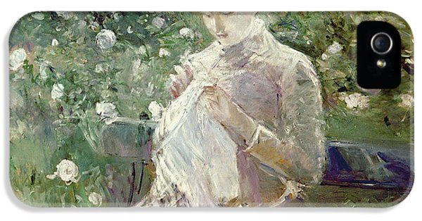 Pasie Sewing In Bougivals Garden IPhone 5 Case by Berthe Morisot