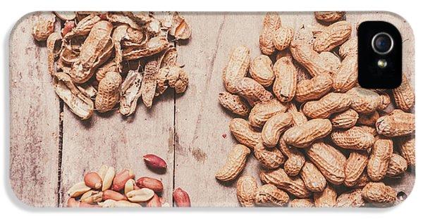 Peanut Shelling IPhone 5 Case