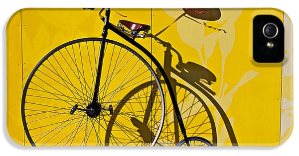 Transportation iPhone 5 Case - Penny Farthing Love by Garry Gay