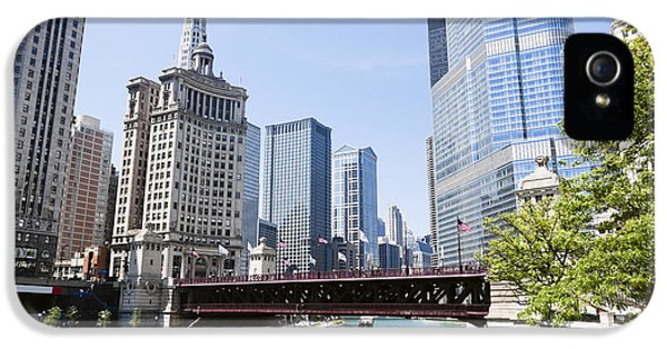Photo Of Chicago Skyline At Michigan Avenue Bridge IPhone 5 Case