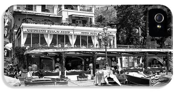 Positano Beach Dining IPhone 5 Case by John Rizzuto