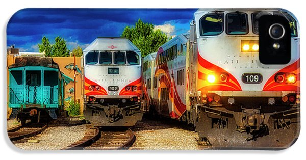 Roadrunner iPhone 5 Case - Rail Runner Express by Garry Gay