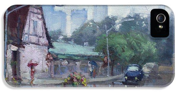 Rain In Old Falls Street IPhone 5 Case by Ylli Haruni