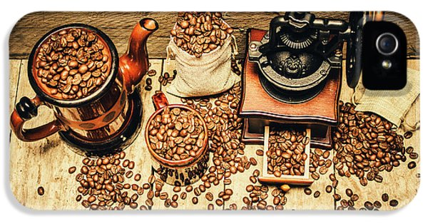 Retro Coffee Bean Mill IPhone 5 Case