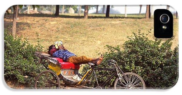 Rickshaw Rider Relaxing IPhone 5 Case