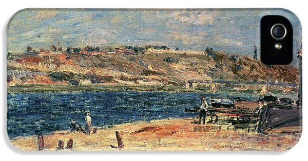 River Banks At Saint-mammes IPhone 5 Case by Alfred Sisley
