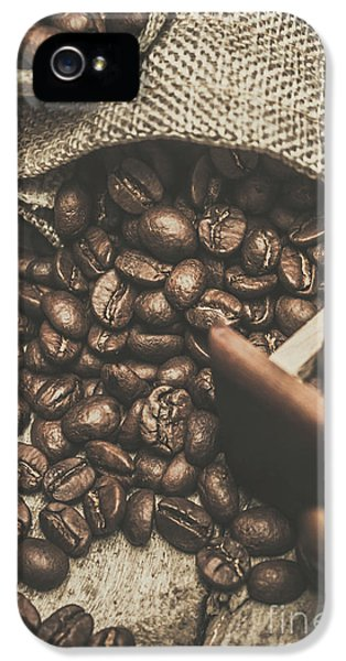 Roasted Coffee Beans In Close-up  IPhone 5 Case