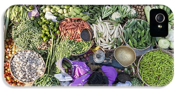 Rural Indian Vegetable Market IPhone 5 Case by Tim Gainey