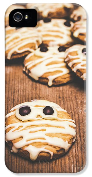 Scared Baking Mummy Biscuit IPhone 5 Case by Jorgo Photography - Wall Art Gallery