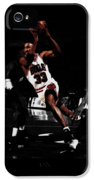 Scottie Pippen On The Move IPhone 5 Case