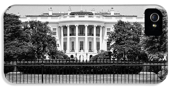 Whitehouse iPhone 5 Case - security fencing outside the southern facade of the white house Washington DC USA by Joe Fox