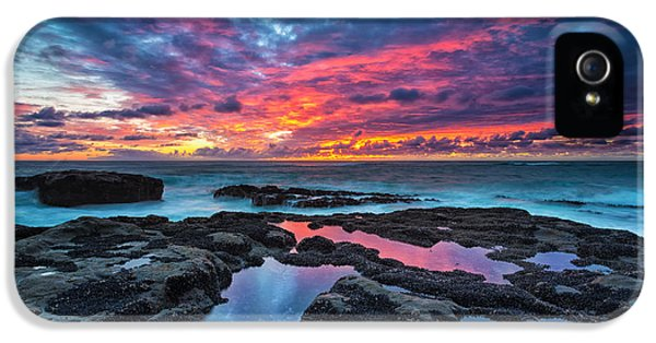 Pacific Ocean iPhone 5 Case - Serene Sunset by Robert Bynum