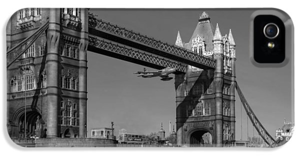 IPhone 5 Case featuring the photograph Seven Seconds - The Tower Bridge Hawker Hunter Incident Bw Versio by Gary Eason