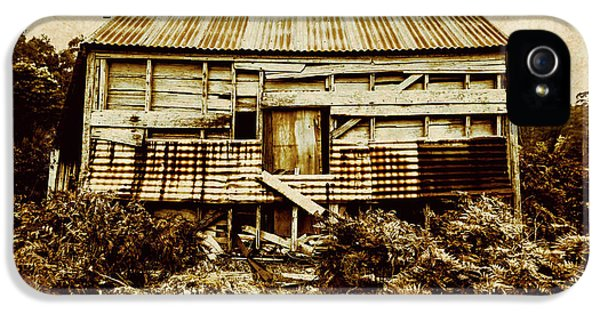 Damage iPhone 5 Case - Shabby Country Cottage by Jorgo Photography - Wall Art Gallery