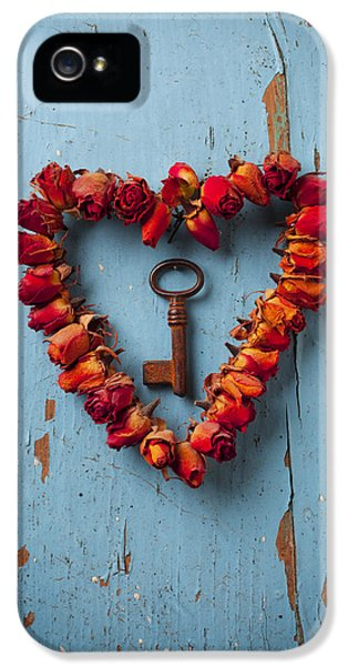 Still Life iPhone 5 Case - Small Rose Heart Wreath With Key by Garry Gay